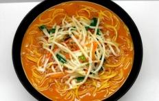 Муляж мисо-супа рамен с ростками фасоли