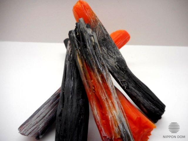 Муляж крупного древесного угля