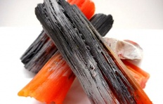 Муляж мелкого древесного угля (1 шт)