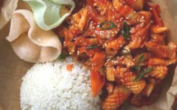 Рис с с кальмаром