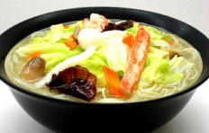 Муляж блюда «Суп Рамен с морепродуктами»