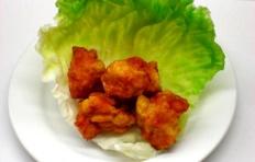 Муляж «Жареные кусочки курицы» 3-5 см (цена за 1 шт)