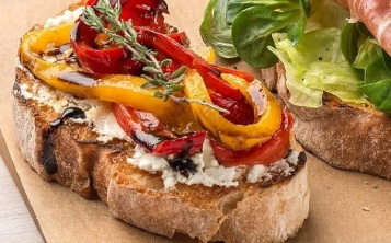Bruschetta with Bulgarian pepper