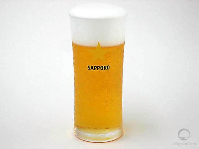 Муляж стакана пива Sapporo (240 мл)