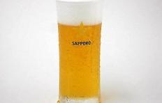 Муляж запотевшего стакана пива «Sapporo» (240 мл)