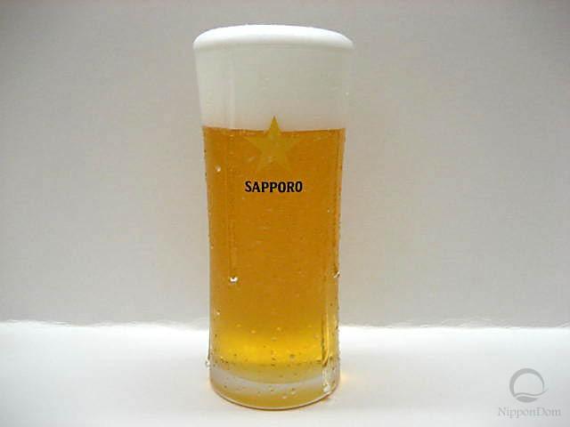 Муляж запотевшего стакана пива Sapporo (240 мл)
