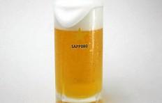 Муляж кружки пива «Sapporo» с пышной пеной (435 мл)
