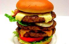 Муляж тройного чизбургера