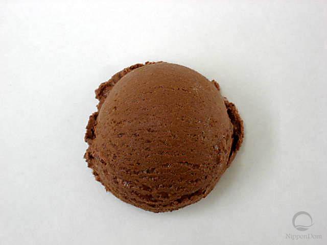 Муляж шоколадного мороженого