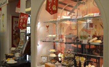 Оригинальный дизайн кафе: фото