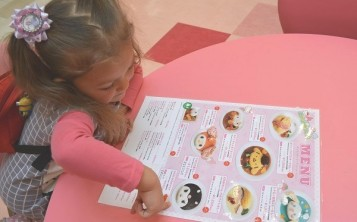 Give the menu to child first, then to the parents.