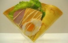 Муляж блина «Яйцо c ветчиной и сыром»