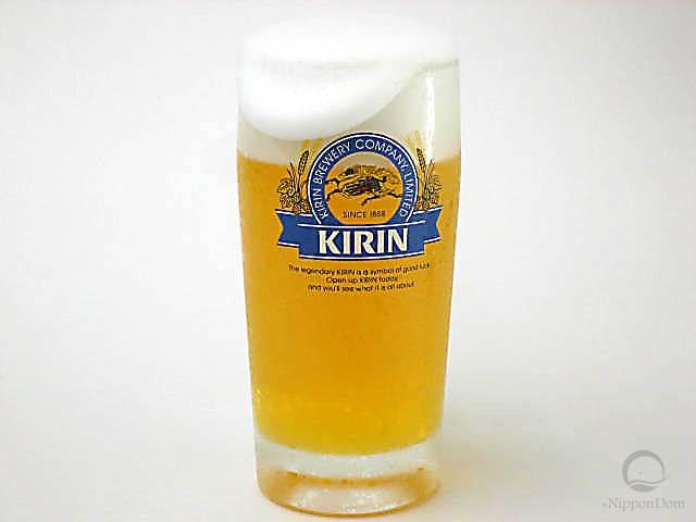 Муляж кружки пива Kirin с пышной пеной (435 мл)