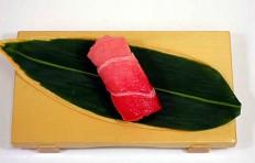 Муляж суши «Тунец средней жирности (2)»