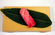 Муляж суши «Тунец средней жирности (3)»