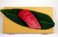 Муляж суши «тунец полужирный»-6