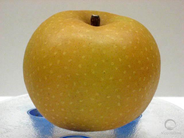 Муляж груши-яблока