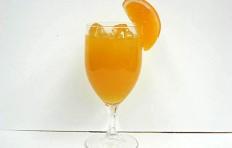 Муляж апельсинового сока с апельсином (бокал)