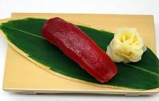 Муляж суши «маринованный тунец»