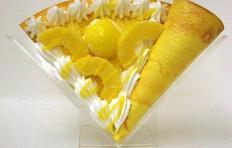 Муляж блина с ананасом и мороженым