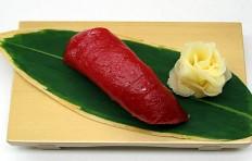 Муляж суши «красный тунец (17)»