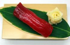 Муляж суши «красный тунец (18)»