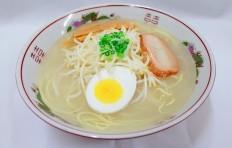 Муляж супа рамэн со вкусом соли