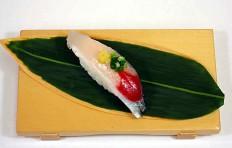 Муляж суши «сайра» (12)