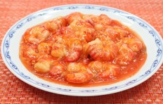 Муляж блюда креветки под сладким соусом Чили