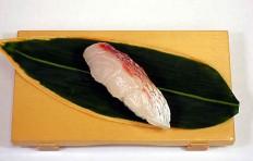 Муляж суши «морской красный окунь»-3