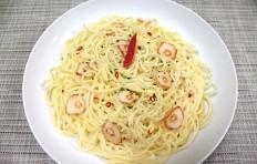 Муляж спагетти с перцем