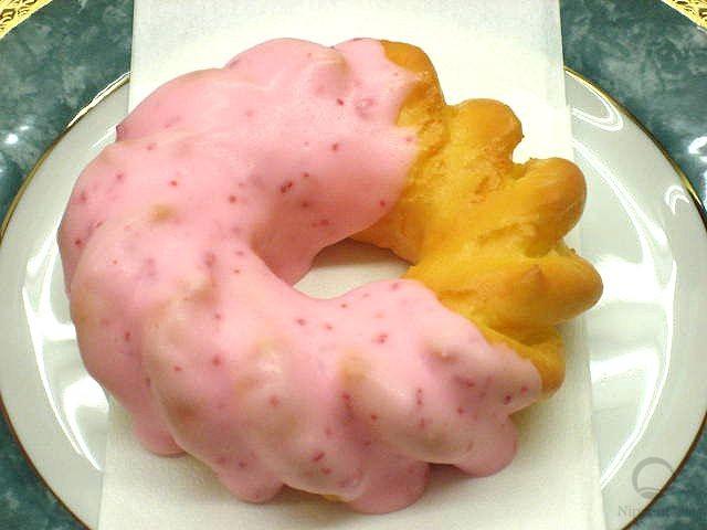 муляж пончика Клубничный цветок