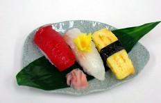 Муляж ассорти из суши-1-3