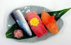 Муляж ассорти из суши-2-3