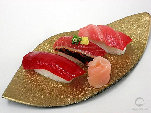 Ассорти из суши-5