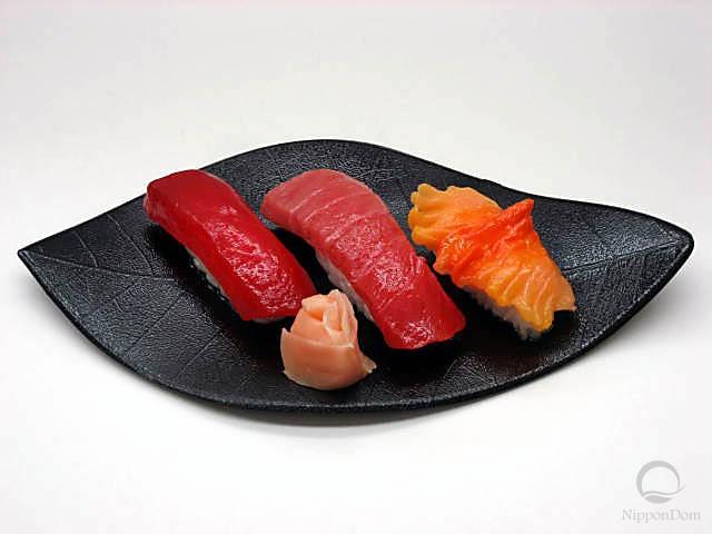 Ассорти из суши-6