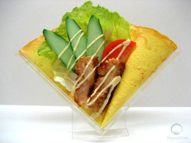 Салат с курицей терияки и овощами