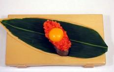 Макет тобико с желтком перепелиного яйца-1