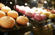 Муляжи десерта моти в «Motiko Luxury Desserts»